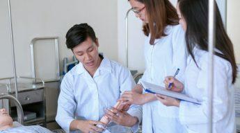 Đào tạo sơ cấp điều dưỡng tại HCM