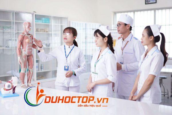 Chứng chỉ điều dưỡng sơ cấp tại Trung tâm Giáo dục hương nghiệp Việt