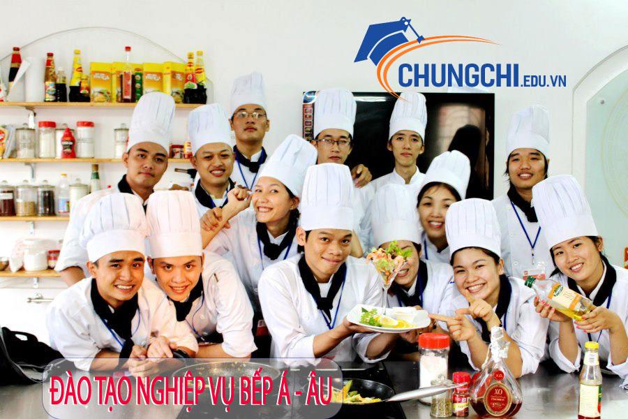 Nghiệp vụ bếp Á - Âu ngắn hạn tại Gò Vấp