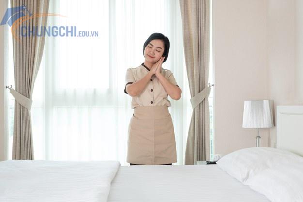 học chứng chỉ sơ cấp nghiệp vụ buồng phòng khách sạn