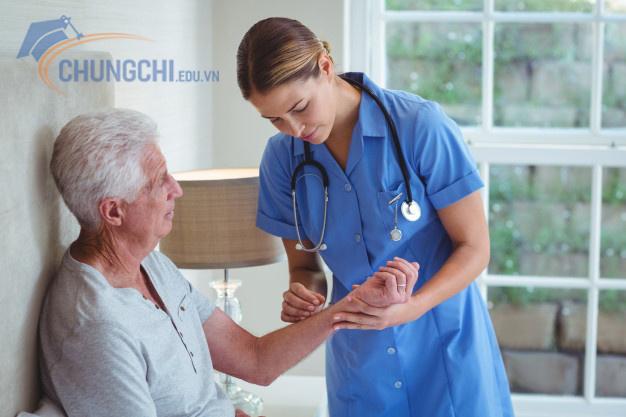 chứng chỉ chuyển đổi điều dưỡng chuyển đổi y sĩ qua điều dưỡng